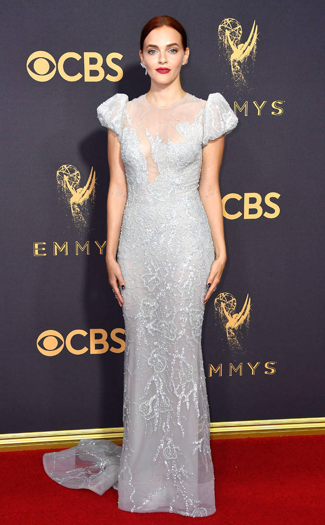 rs_634x1024-170917161618-634-Emmys-Madeline-Brewer.cm.91717