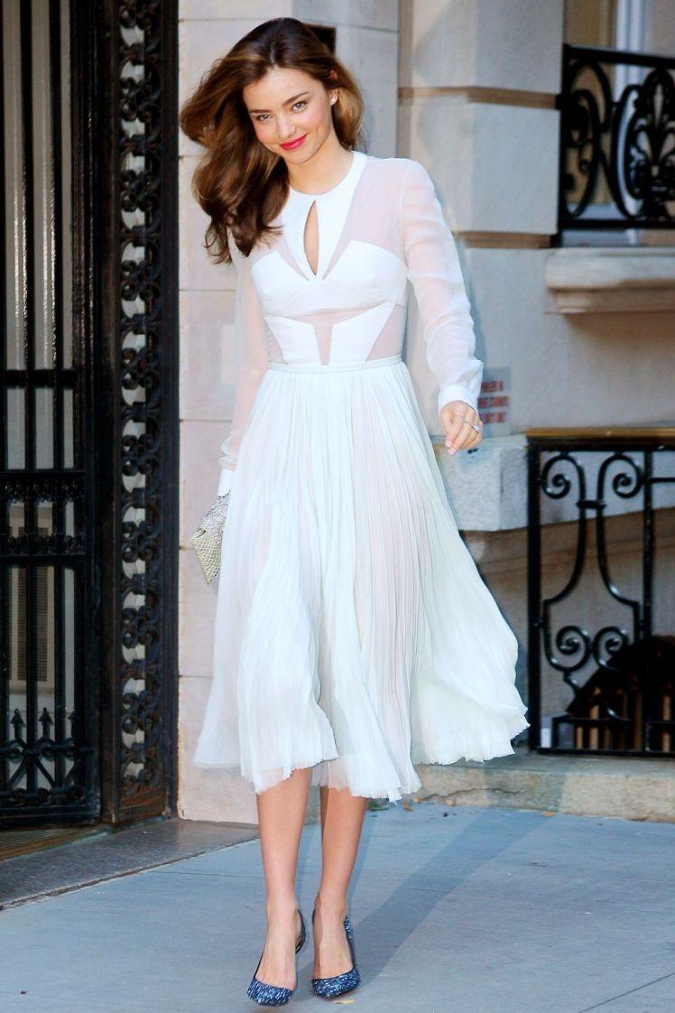 Em 2013 usando um vestido J. Mendel, na estréia de Romeo & Julieta na Broadway.