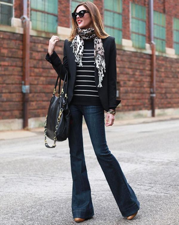 look-calca-jeans-flare-e-blazer-preto